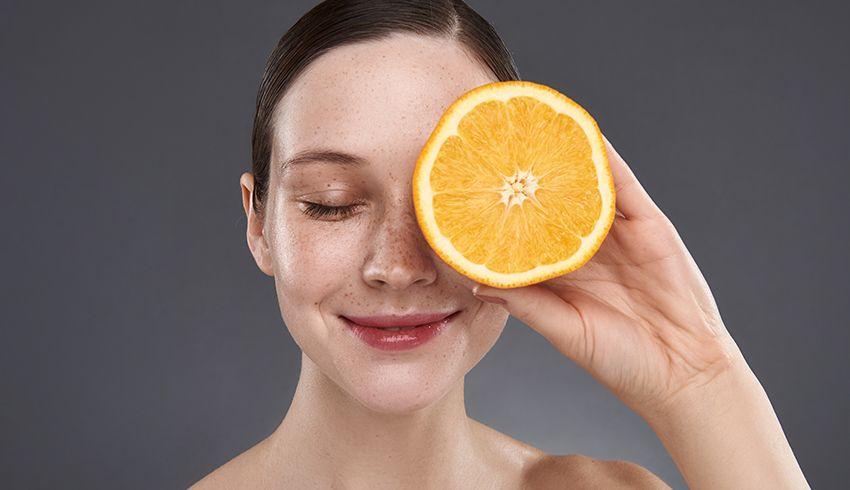 TOP 10 sér na tvár s vitamínom C, ktoré musíte vyskúšať!